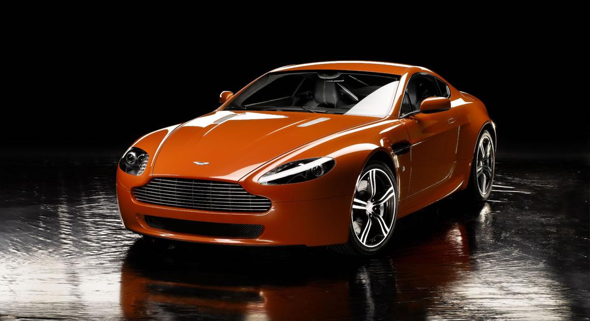 hire Aston-Martin-AMV8-Volante