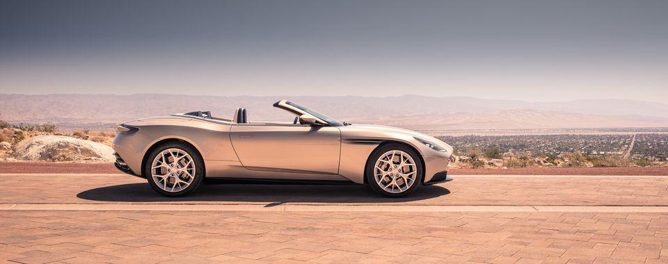 hire Aston-Martin-DB11-Volante
