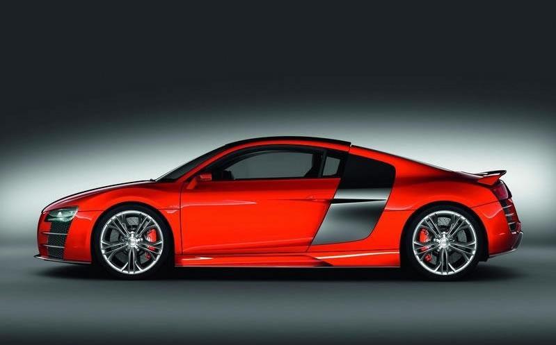 hire Audi-R8