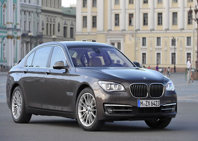 rent BMW-760-IAL