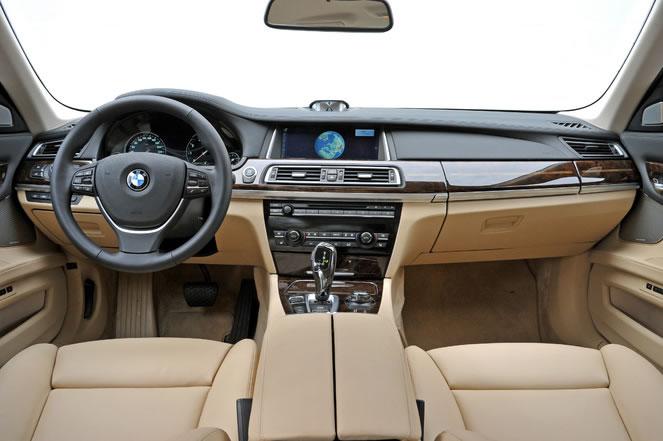 hire BMW-760-IAL