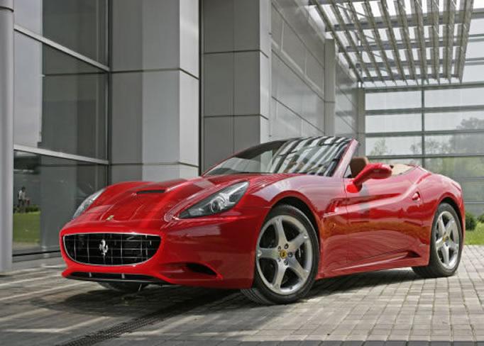 Louer une Ferrari-California