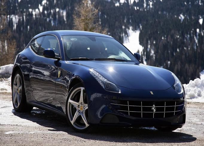 rent Ferrari-FF