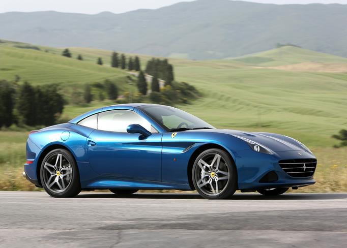 rent Ferrari-california-T