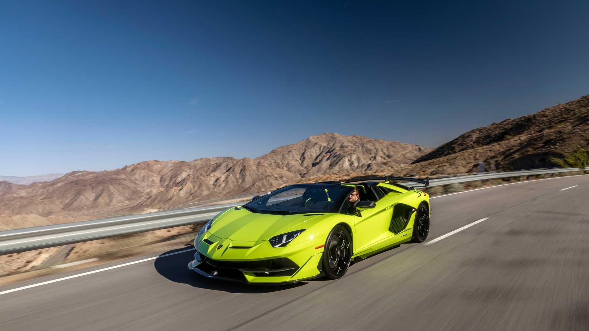 aluguel Lamborghini-Aventado-SVJ-Roadster