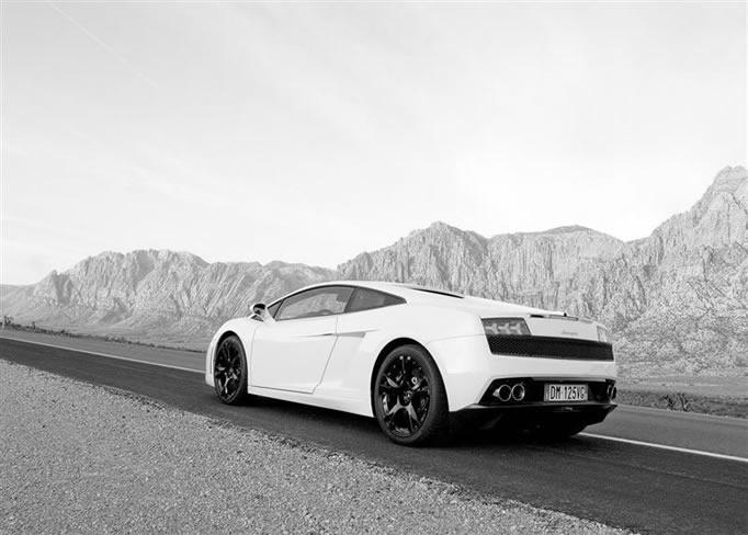 rent Lamborghini-LP-560-4