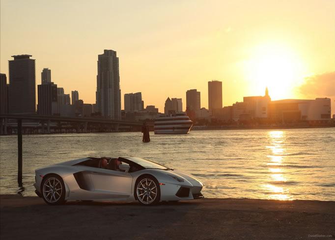 hire Lamborghini-LP-700-4-Roadster