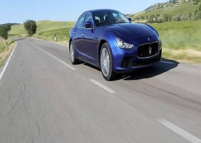 rent Maserati-Ghibli