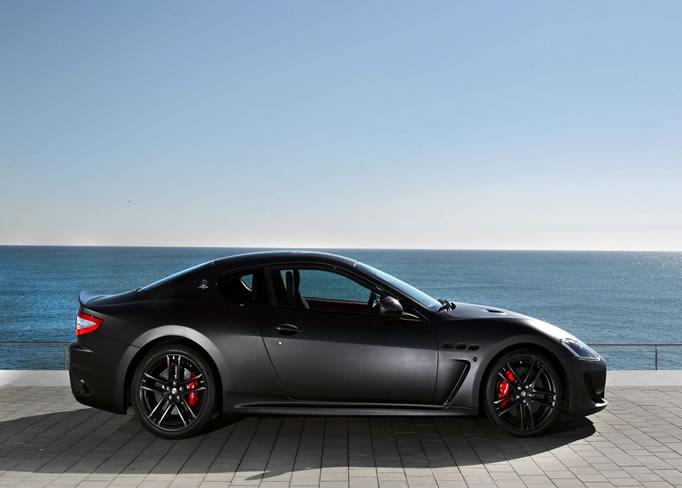 rent Maserati-Granturismo