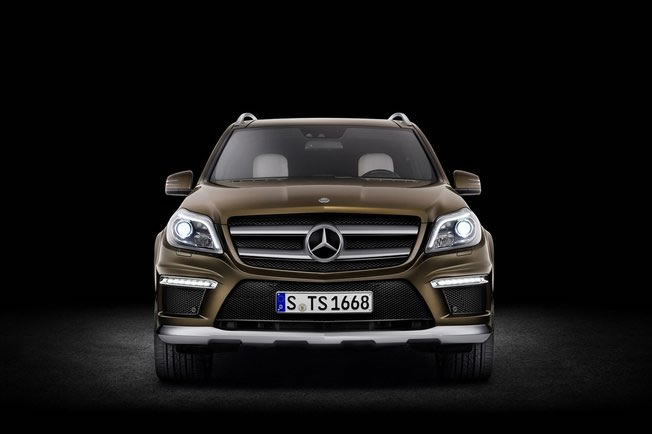 hire Mercedes-GL-320