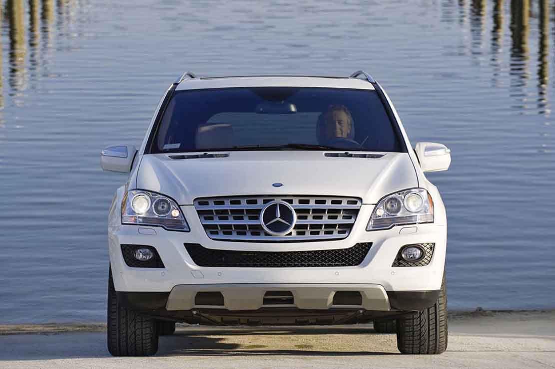 hire Mercedes-ML-320