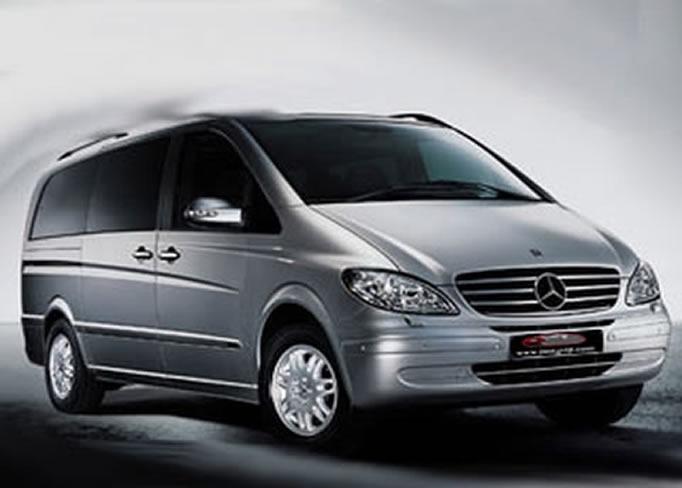 Louer une Mercedes-Viano