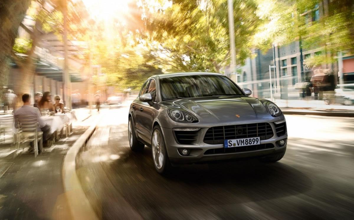 hire Porsche-Macan