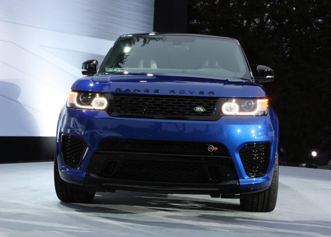 rent Range-Rover-Sport-SVR