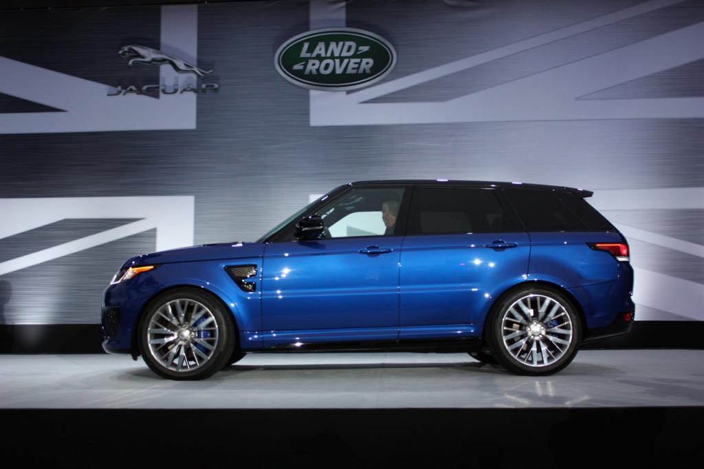 hire Range-Rover-Sport-SVR