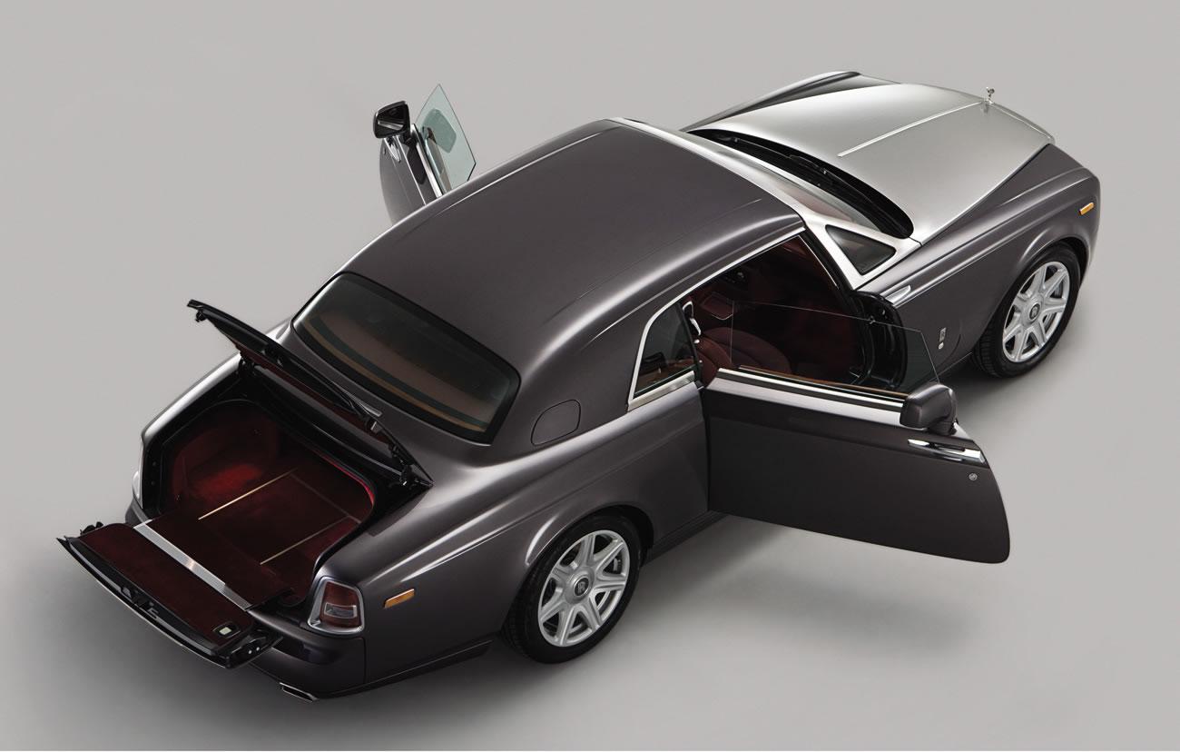 hire Rolls-Royce-Phantom